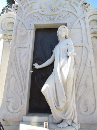 Tomb of Rufina Cambaceres, Recoleta Cemetery