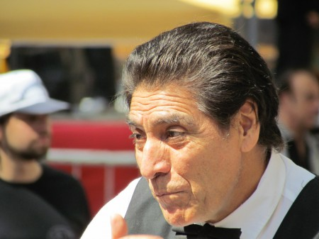 A contestant, Waiter's Race, Buenos Aires