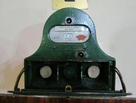36 Billares, the meter