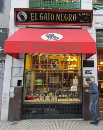 El Gato Negro, Avenida Corrientes